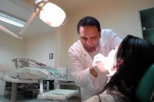 Dental-Assistants-300x200